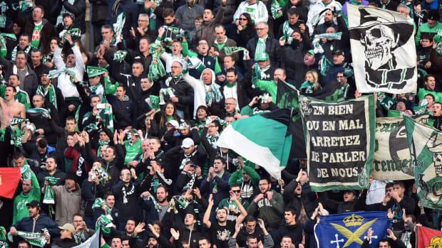 saint-etienne-fans-mounier.jpg