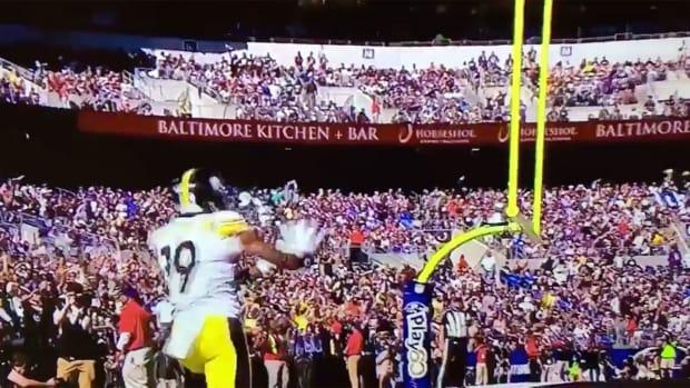 juju-smith-schuster-kamehameha-touchdown-celebration.jpg