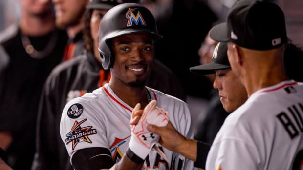 Marlins Trade Dee Gordon to Mariners - IMAGE