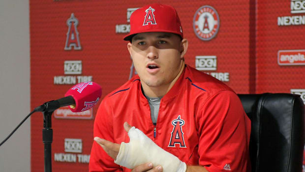 angels-mike-trout-all-star-game-thumb-injury-update.jpg