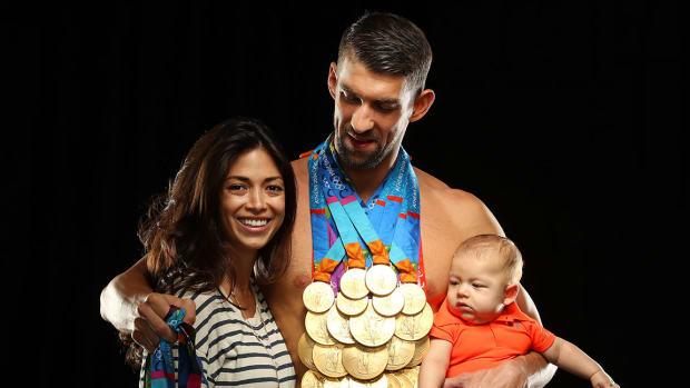 Michael-Phelps-wife-Nicole-Johnson-son-Boomer-SI-cover-shoot-SI523_TK1_00114.jpg