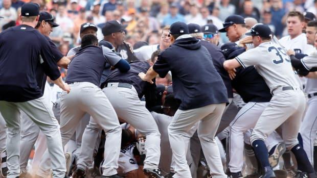 yankees-tigers-brawl.jpg