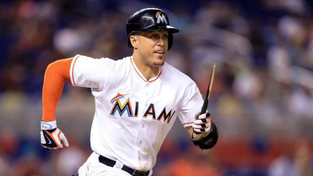 Report: Marlins Tell Giancarlo Stanton to Accept Trade or Be Part of Rebuild--IMAGE