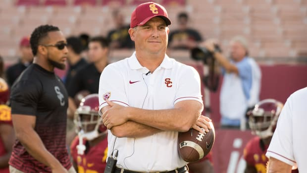 clay-helton-usc-signing-day.jpg