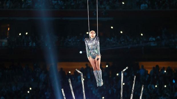 Lady-Gaga-Super-Bowl-LI-Halftime-Show-GettyImages-633950928_master.jpg