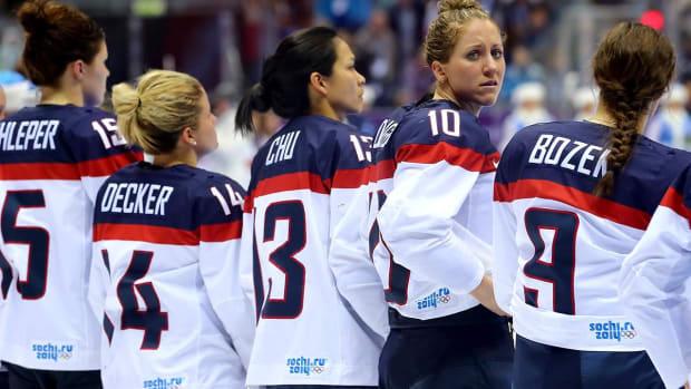 U.S. Women's Hockey team to boycott World Championships - IMAGE