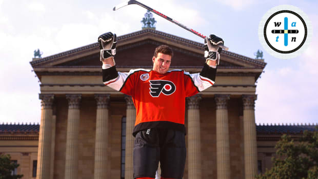 eric-lindros-flyers-concussions-where-are-they-now.jpg