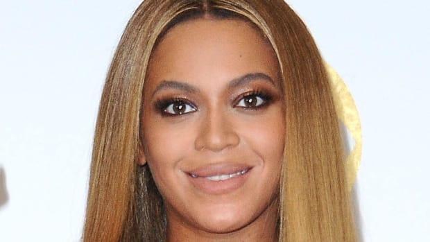 Report: Beyonce Interested in Buying Stake in Houston Rockets--IMAGE