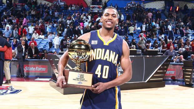 glenn_robinson_trophy_marquee_.jpg