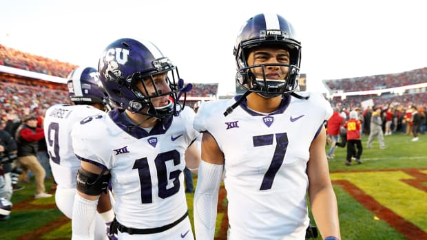 kenny-hill-tcu-loses-to-iowa-state.jpg