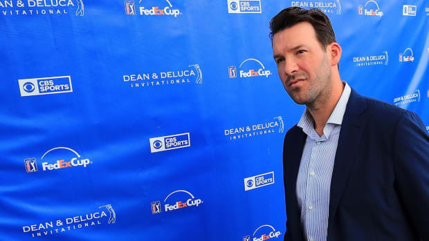 Media Circus: Tony Romo Impresses in Calling First Dallas Cowboys Game - IMAGE