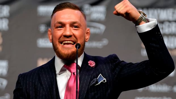 conor-mcgregor-floyd-mayweather-toronto-press-conference.jpg