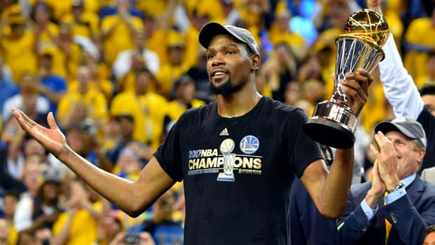 kevin-durant-free-agency-warriors-contract.jpg