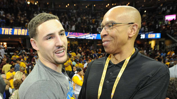 klay-thompson-mychal-thompson-warriors.jpg