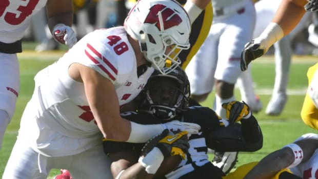 Wisconsin Linebacker Jack Cichy Out For Season With Torn ACL--IMAGE