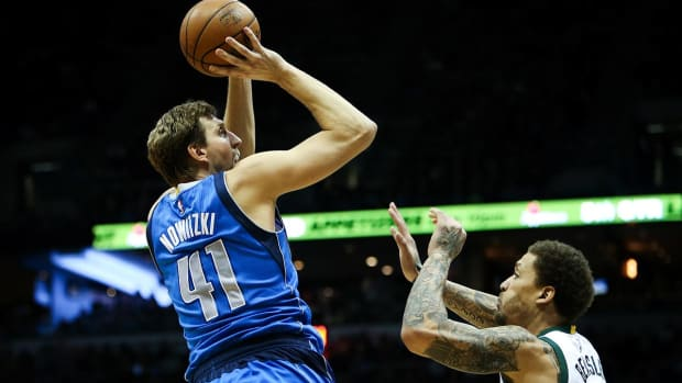 Dirk Nowitzki says he is coming back for a 20th NBA season - IMAGE