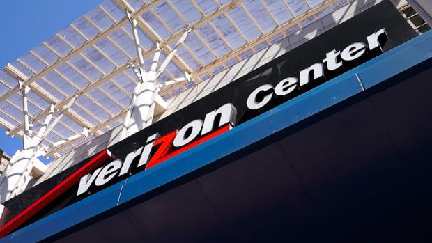 verizon-center-capital-one-arena-washington-capitals-wizards.jpg