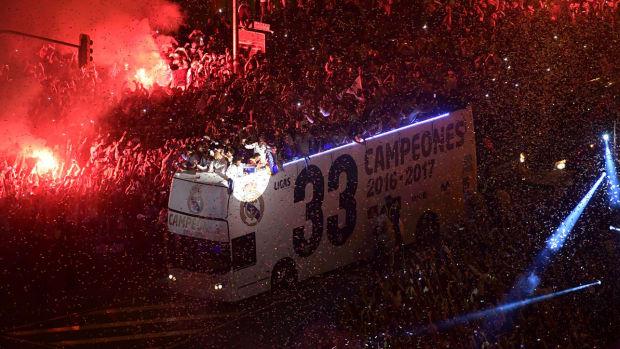 real-madrid-la-liga-wins-bus.jpg