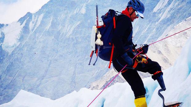 jeff-glasbrenner-climbs-everest.jpg