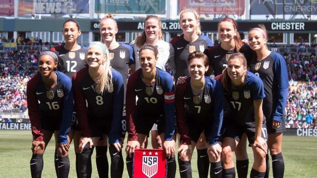 U.S. women, U.S. Soccer agree to new CBA IMAGE