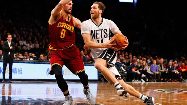 Reports: Wizards acquire Nets' Bogdanovic for Nicholson, first-round pick IMAGE