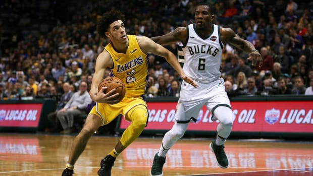 Give and Go: Breaking Down Lonzo Ball's On-Court Performance - IMAGE