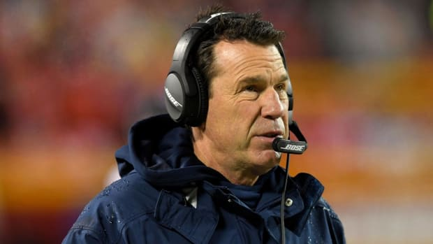 Report: Broncos head coach Gary Kubiak plans to retire - IMAGE