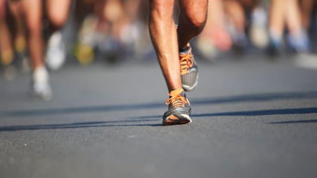 marathon-runners-time-syn.jpg