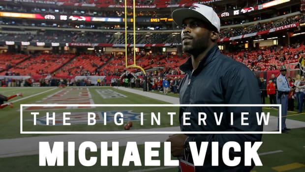 michael-vick-interview-atlanta-falcons_0.jpg