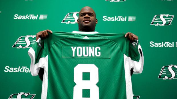 vince-young-hamstring-tear.jpg