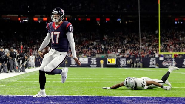 Brock Osweiler, Texans advance to AFC Divisional Round--IMAGE