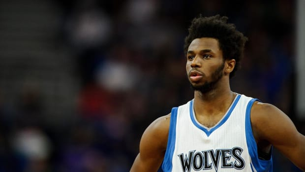 Timberwolves Owner Wants Meeting With Andrew Wiggins Before Max Contract - IMAGE