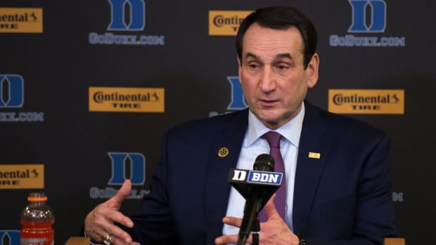 Coach K to Have Knee Replacement Surgery, Duke Cancels Dominican Republic Trip - IMAGE