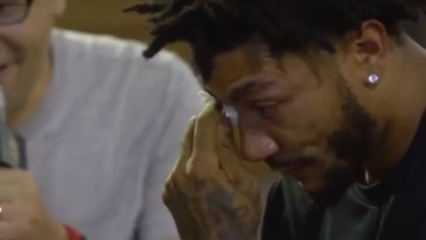 derrick-rose-china-fans-video-tribute.png