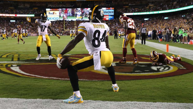NFL cracking down on touchdown celebrations in 2016 -- IMAGE