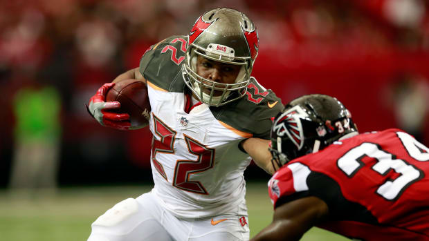 week-10-fantasy-injuries-carlos-hyde-todd-gurley-doug-martin.jpg