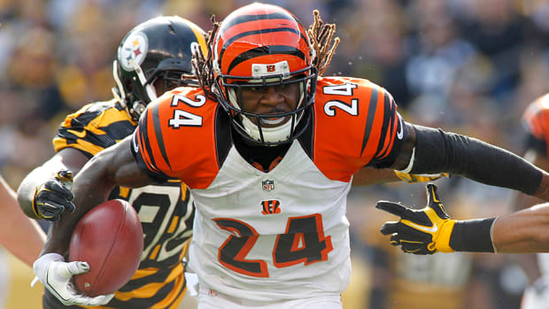nfl-free-agency-rumors-teams-players-contracts.jpg