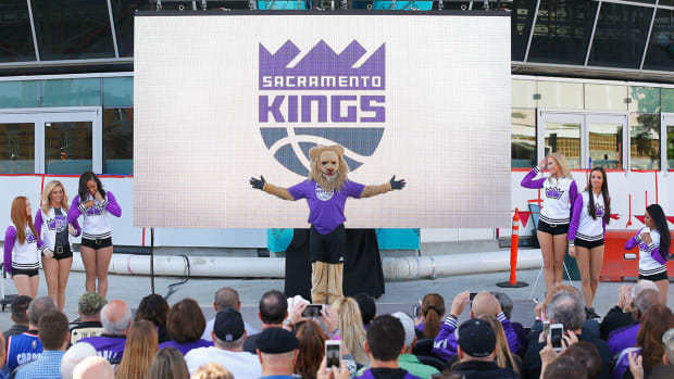 kings-app-golden-center-lead.jpg