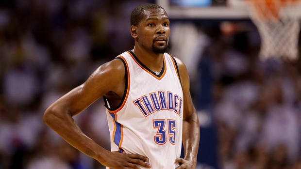 kevin-durant-free-agent-contract-signs.jpg