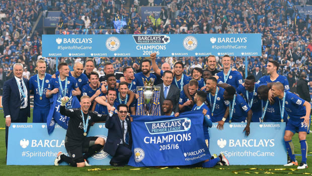 leicester-team-pic-champions.jpg