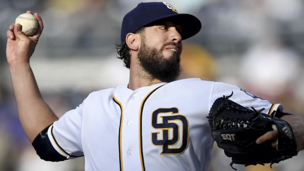 Report: Padres agree in principle to trade P James Shields to White Sox --IMAGE