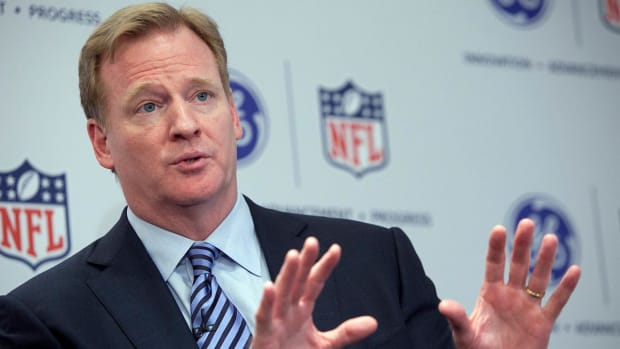 Roger Goodell: I don't necessarily agree with Colin Kaepernick's protest IMAGE