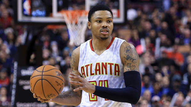 kent-bazemore-free-agency-contract.jpg