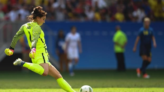 Hope Solo on Sweden defeat: 'We played a bunch of cowards'--IMAGE