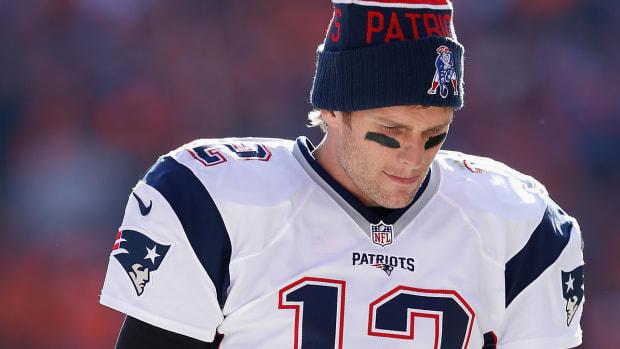 tom-brady-patriots-broncos-pregame-mmqb.jpg