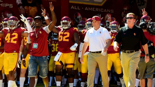 Do the simple things better: USC's Clay Helton preaches incremental improvement at an impatient program