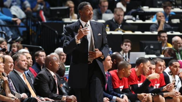 Timberwolves relieve Coach Sam Mitchell of Duties - IMAGE