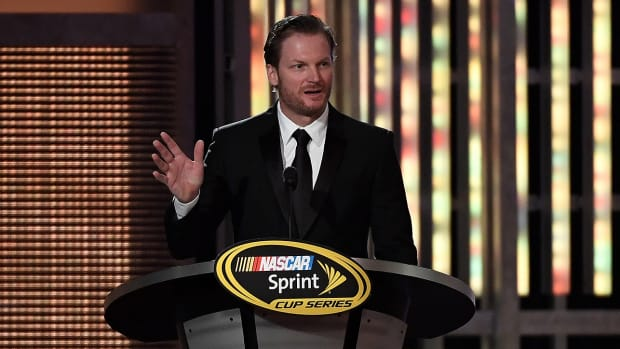 dale-earnhardt-jr-reflects-on-concussion-recovery.jpg