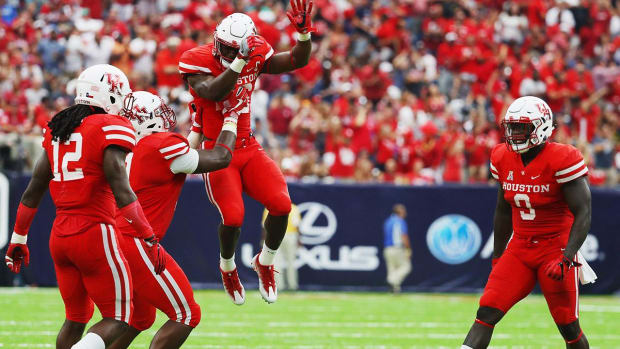 No. 15 Houston stuns No. 3 Oklahoma IMAGE