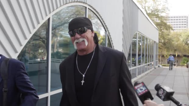 Hulk Hogan awarded $25 million in punitive damages in Gawker suit--IMAGE